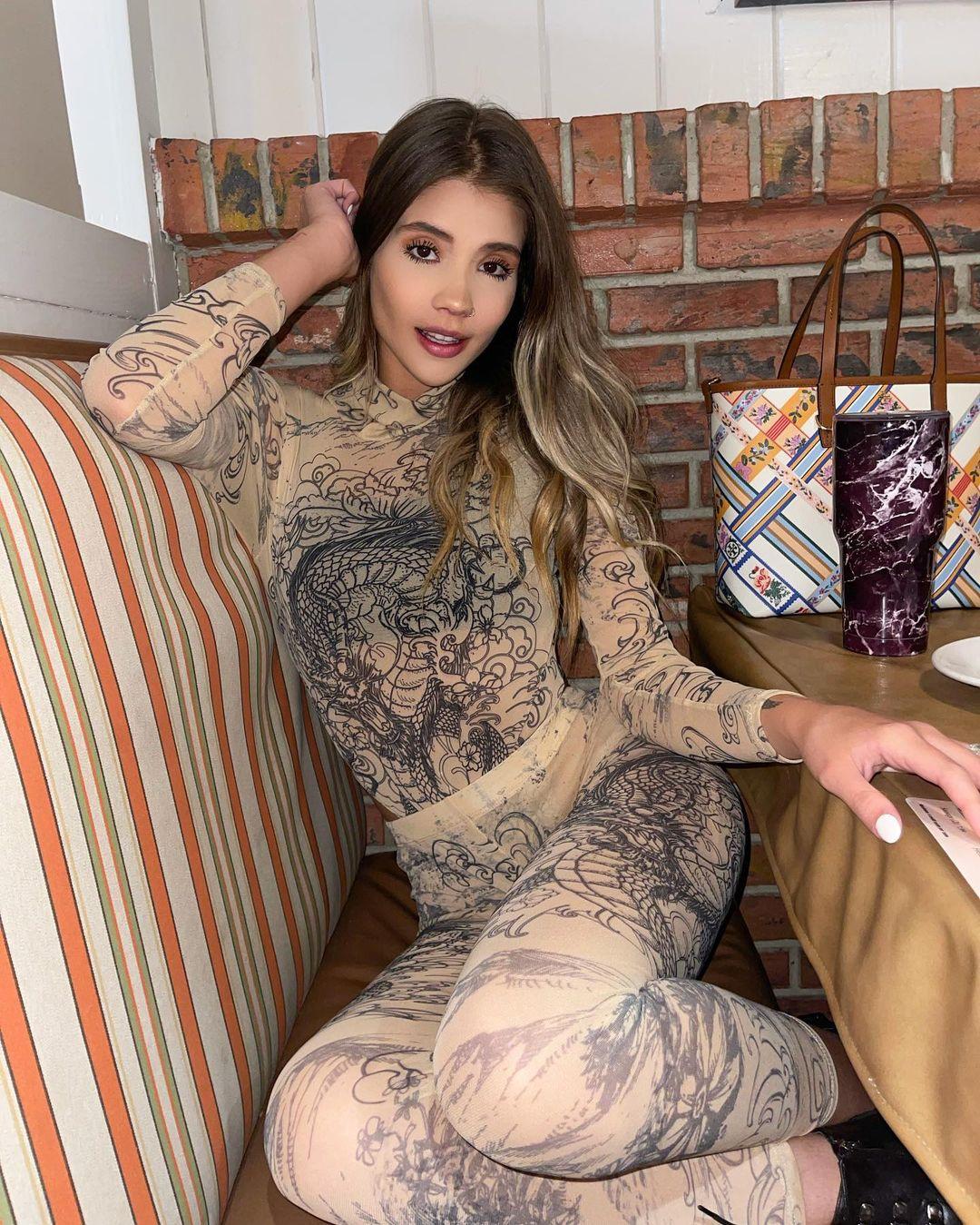 Brenda-Guzman-Wallpapers-Insta-Biography-3