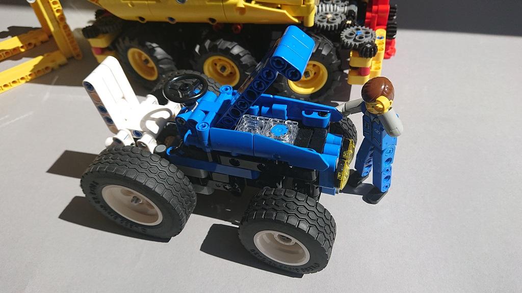 Traktor-klein.jpg