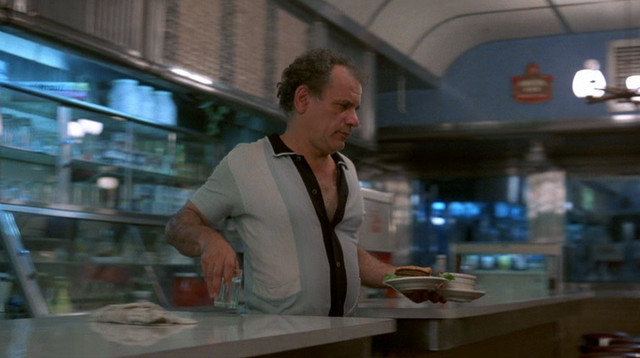 Victor-Argo-as-the-Diner-Cashier-in-After-Hours
