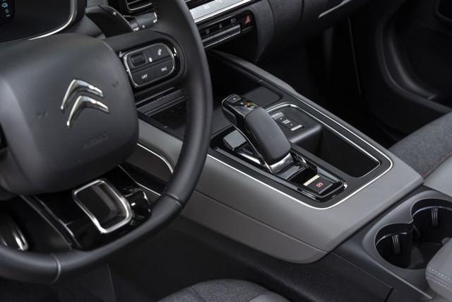 2017 - [Citroën] C5 Aircross [C84] - Page 24 04-C4-F71-C-3901-4-A49-A687-CCA0-CC815672