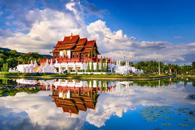 chiang-mai-park-64787723