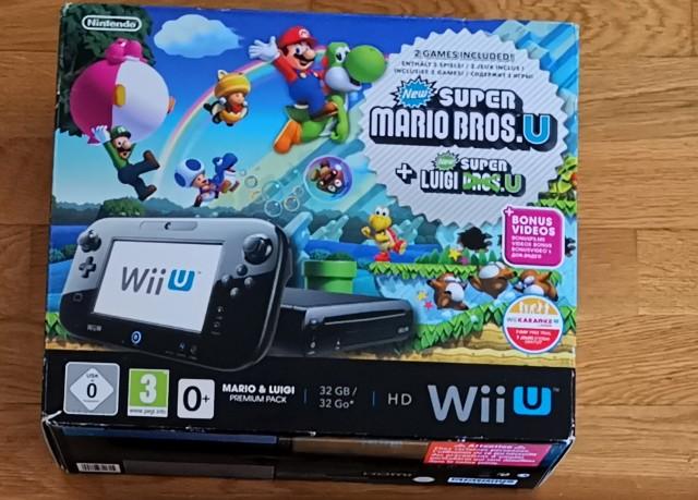 [VDS] 1 console nintendo WII U ( Pack New Super Mario Bros) et 21 jeux  270€ FDPIN  Wiiumario