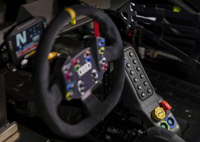 Première mondiale de la nouvelle Audi RS 3 LMS A210694-medium