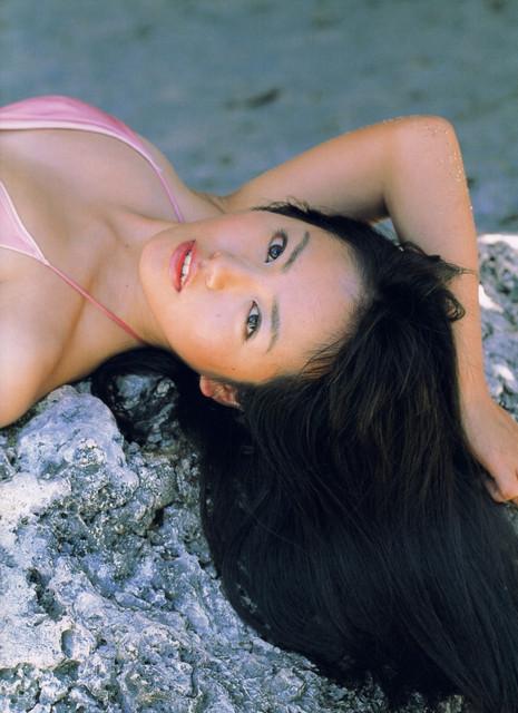 Isoyama-Sayaka-her-mavelous-youthful-days-084