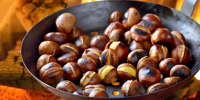 Roast chesnuts