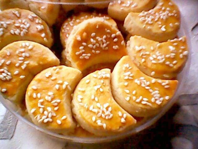 kue-kacang-tanah