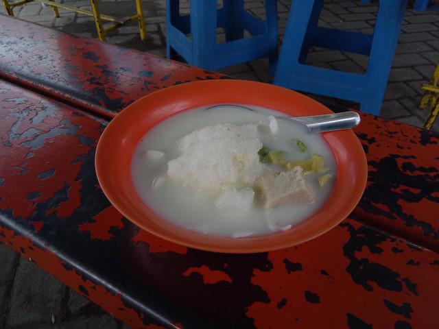 Es Teler Durian Mondoroko Asli, Kesegaran di Tengah Kemacetan