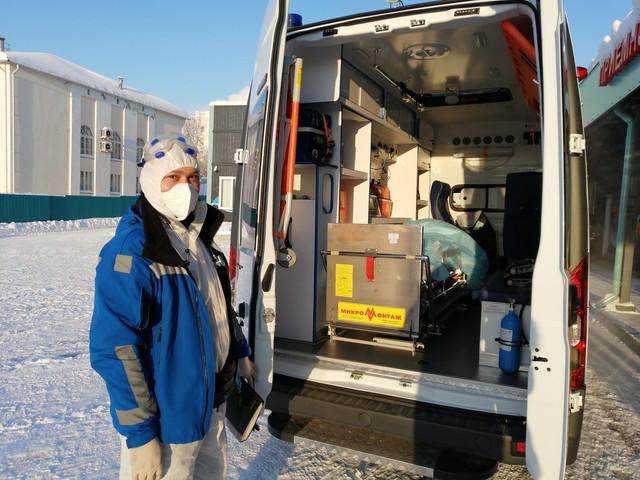 Новый автомобиль пополнил число транспортных средств, обеспечивающих перевозку пациентов с коронавирусной инфекцией