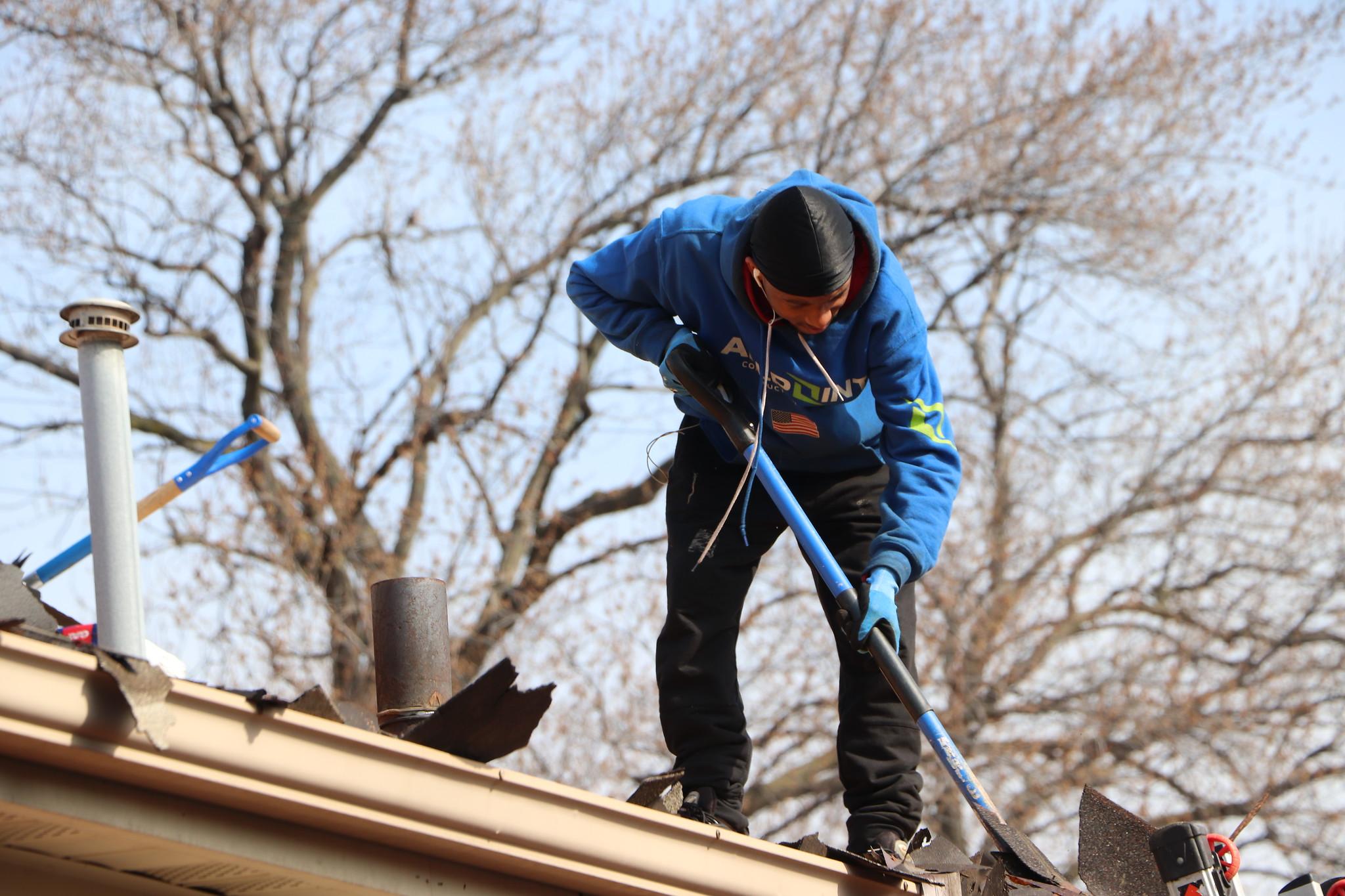 Roofing-Dearborn-Michigan.jpg (2048×1365)