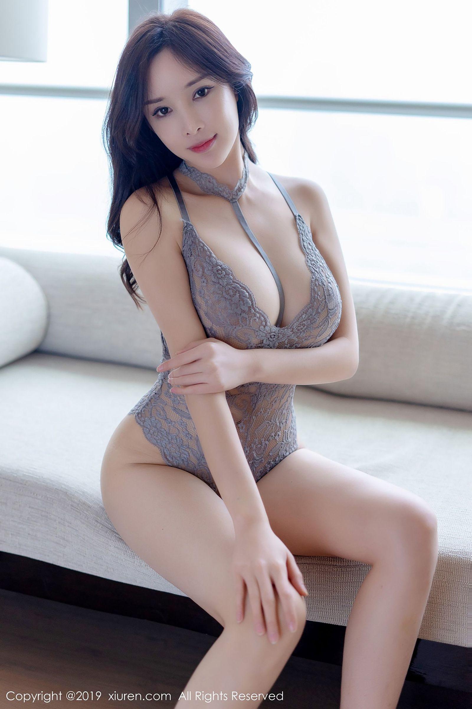 [XiuRen秀人] No.1314 性感女神@奶瓶土肥圆矮挫丑黑穷魅惑私房写真