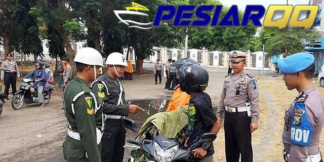 Pakai Jaket TNI, Pengendara Dihentikan dan Diperingati Polisi Militer