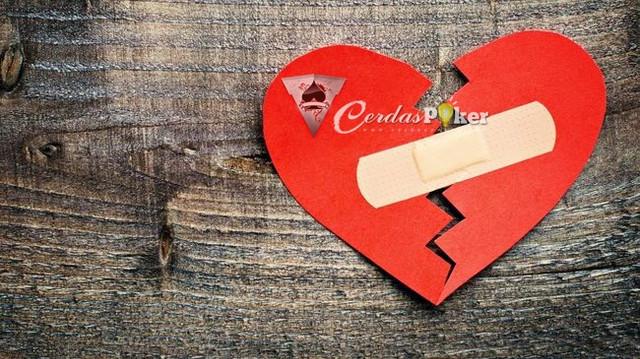 Waspada Terhadap 5 Tanda Cinta Itu Palsu Atau Bullshit