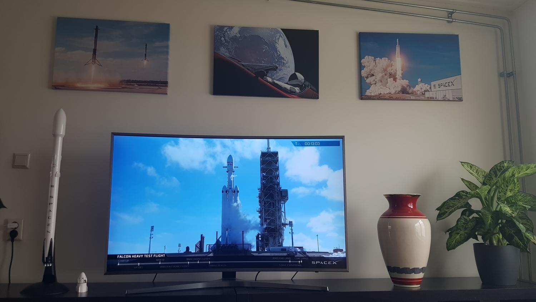 SpaceX11.jpg