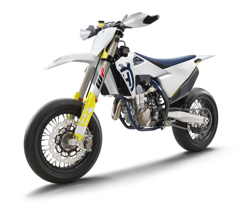 2020-Husqvarna-FS-450-supermoto-07