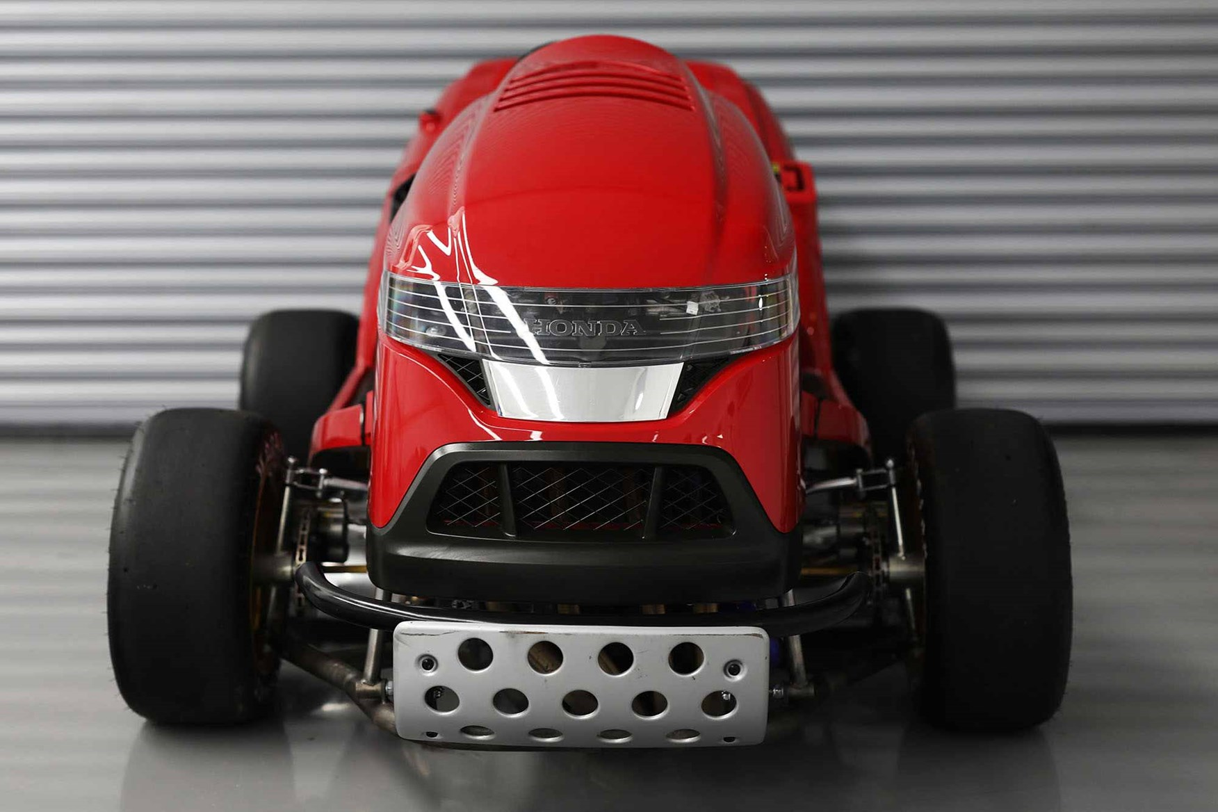mean-mower-nose