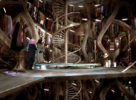 TARDIS-wardrobe-room