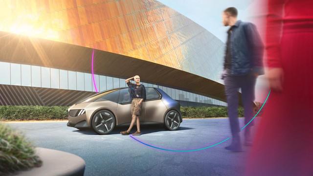 2021 - [BMW] Vision Circular  - Page 2 5-B09209-D-4566-4920-B9-EF-0-F88-B58-C07-D1