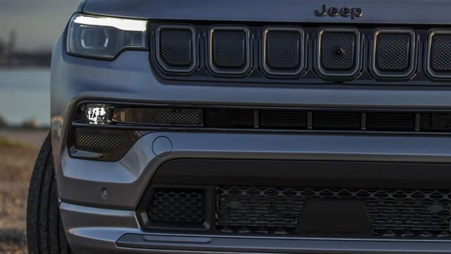 2016 - [Jeep] Compass II - Page 7 C2-ED96-E8-80-D5-42-A3-9742-3212049-D1-ABF