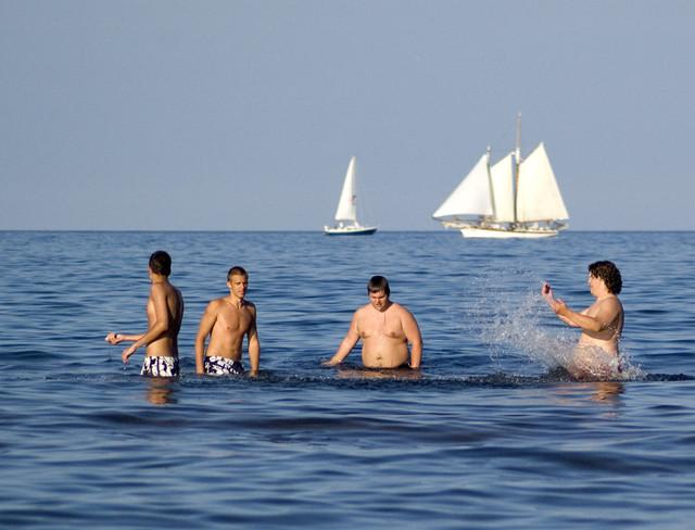 Guzzi-swimmers