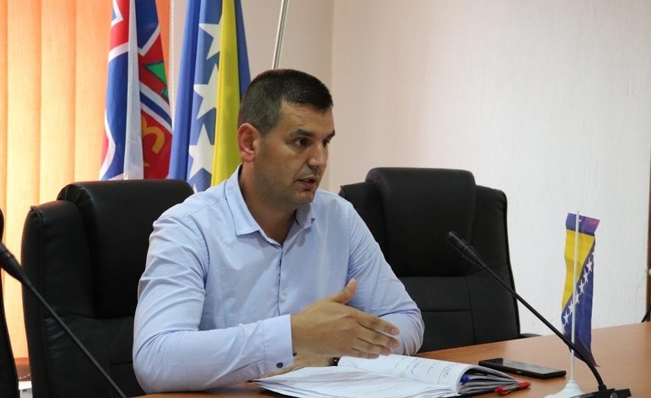 POZIV UPUĆEN I SDP-u! Probosanski blok postigao dogovor: Kandidat za načelnika Srebrenice Alija Tabaković!