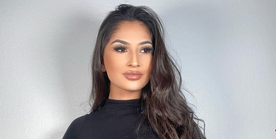 Alexis-M-Reynoso-Wallpapers-Insta-Fit-Bio-14