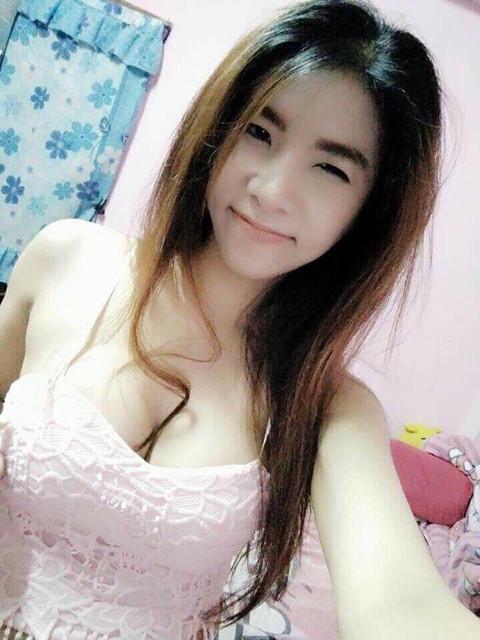 รูปโป๊สาวไทย นมใหญ่สวยตั้งเต้าน่าเย็ด