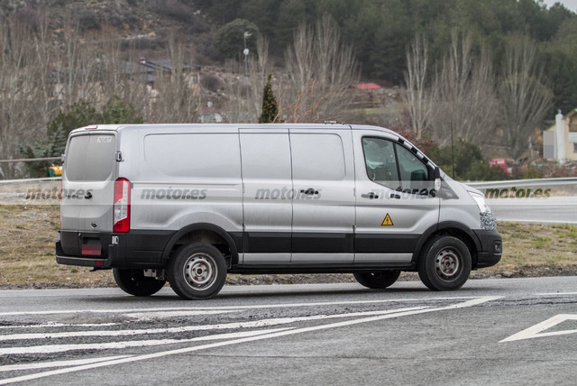 2022 - [Ford] Transit Custom 445-BF4-F0-58-AB-410-D-8169-0896-FFF8-E97-E