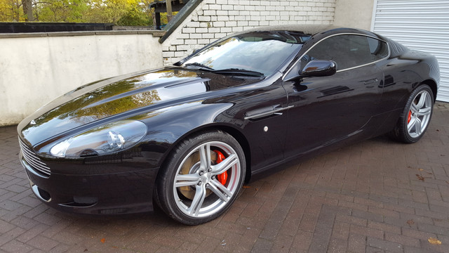 Aston DB9 detailed 7.jpg