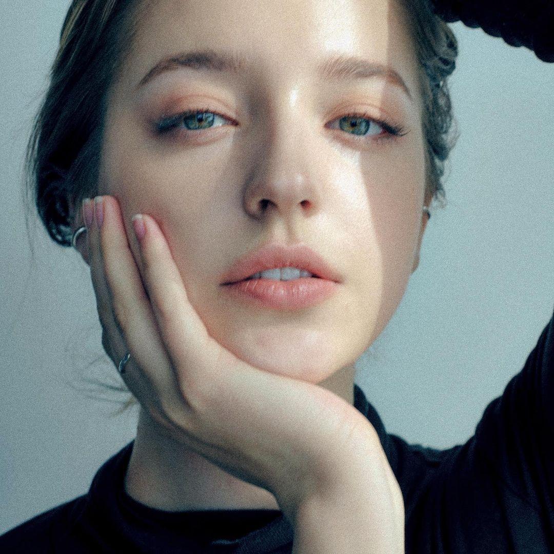 Angelina-Danilova-Wallpapers-Insta-Fit-Bio-9