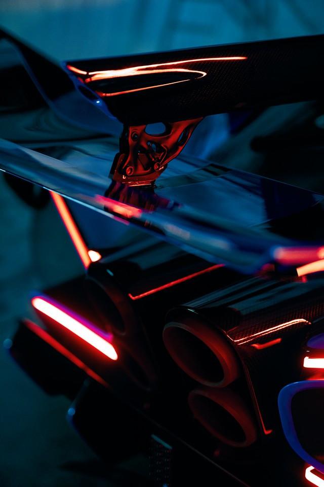 Bugatti imprime la perfection au dixième de millimètre  11-bugatti-bolide-3d-print