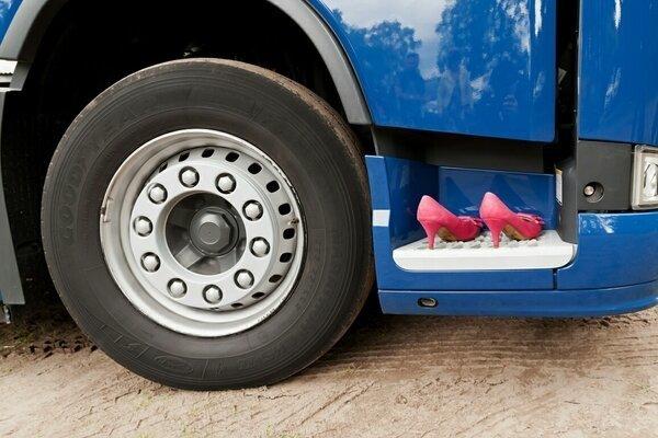 Обратная сторона жизни дальнобойщиков truck, грузовики, дальнобойщики, подборка, прикол, юмор