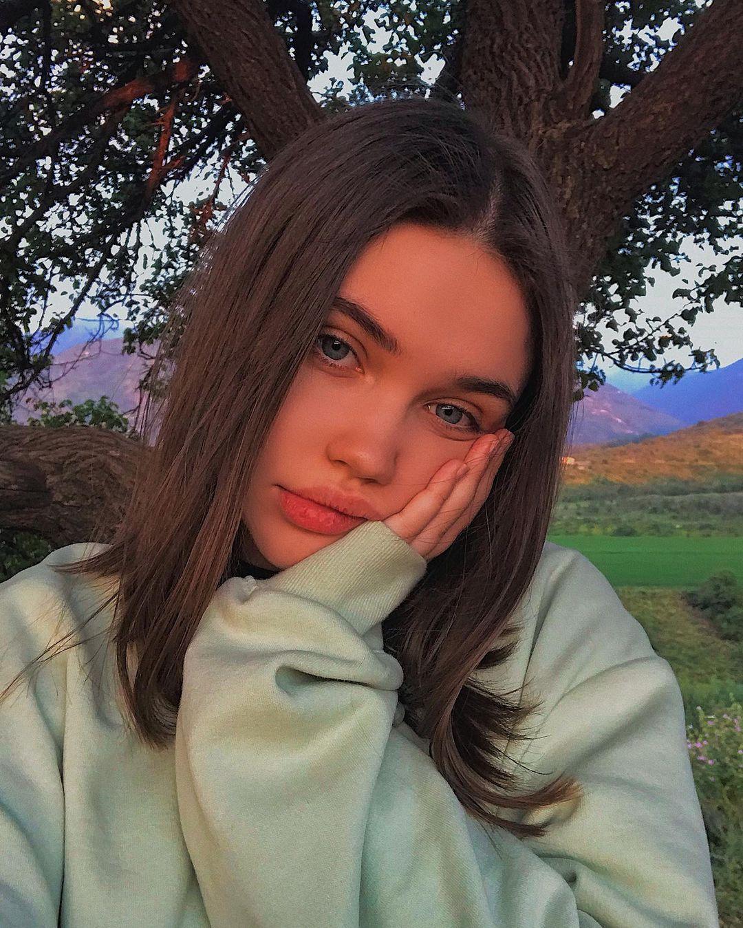 Eliza-Kayudina-Wallpapers-Insta-Fit-Bio-6