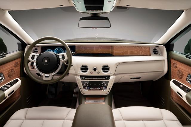 2017 - [Rolls Royce] Phantom - Page 5 8-DF49290-1-B71-42-AC-90-E9-0034097-A23-EE