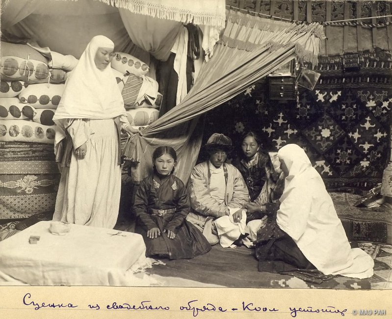 1935-1899-2.jpg