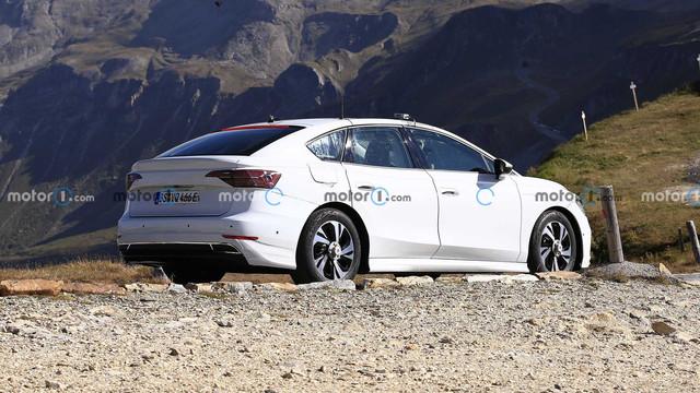 2022 - [Volkswagen] ID berline 45549-A59-56-E7-487-F-8274-C03786-F79-C58