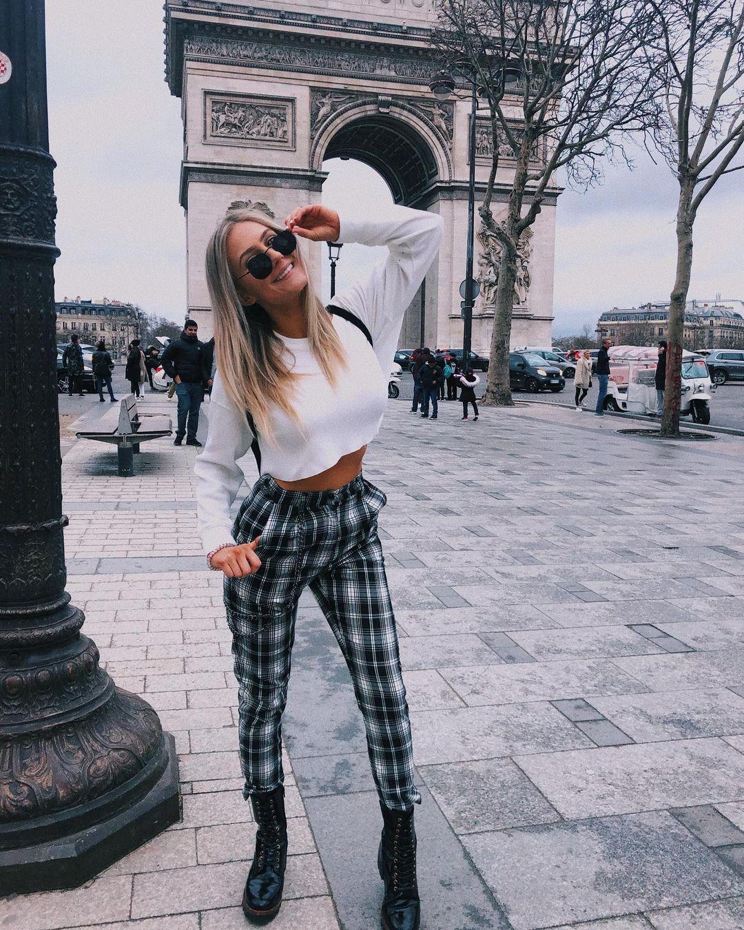 Lauren-Angelov-Wallpapers-Insta-Fit-Bio-9