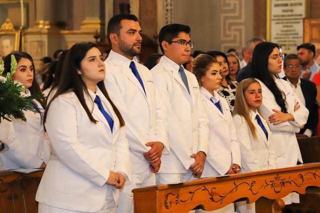 Graduacio-n-Medicina-7