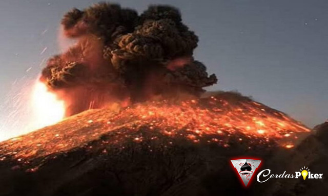 Gunung Taal di Filipina Erupsi, Warganet Kirim Doa Keselamatan