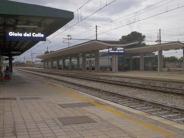 gioia-rocchetta-tratta-ferroviaria-dismessa