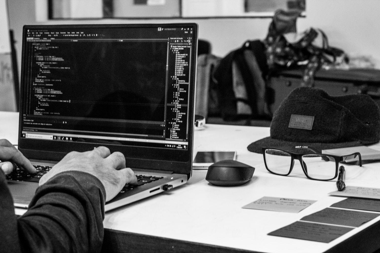 ¿Qué es hackear y qué significa?