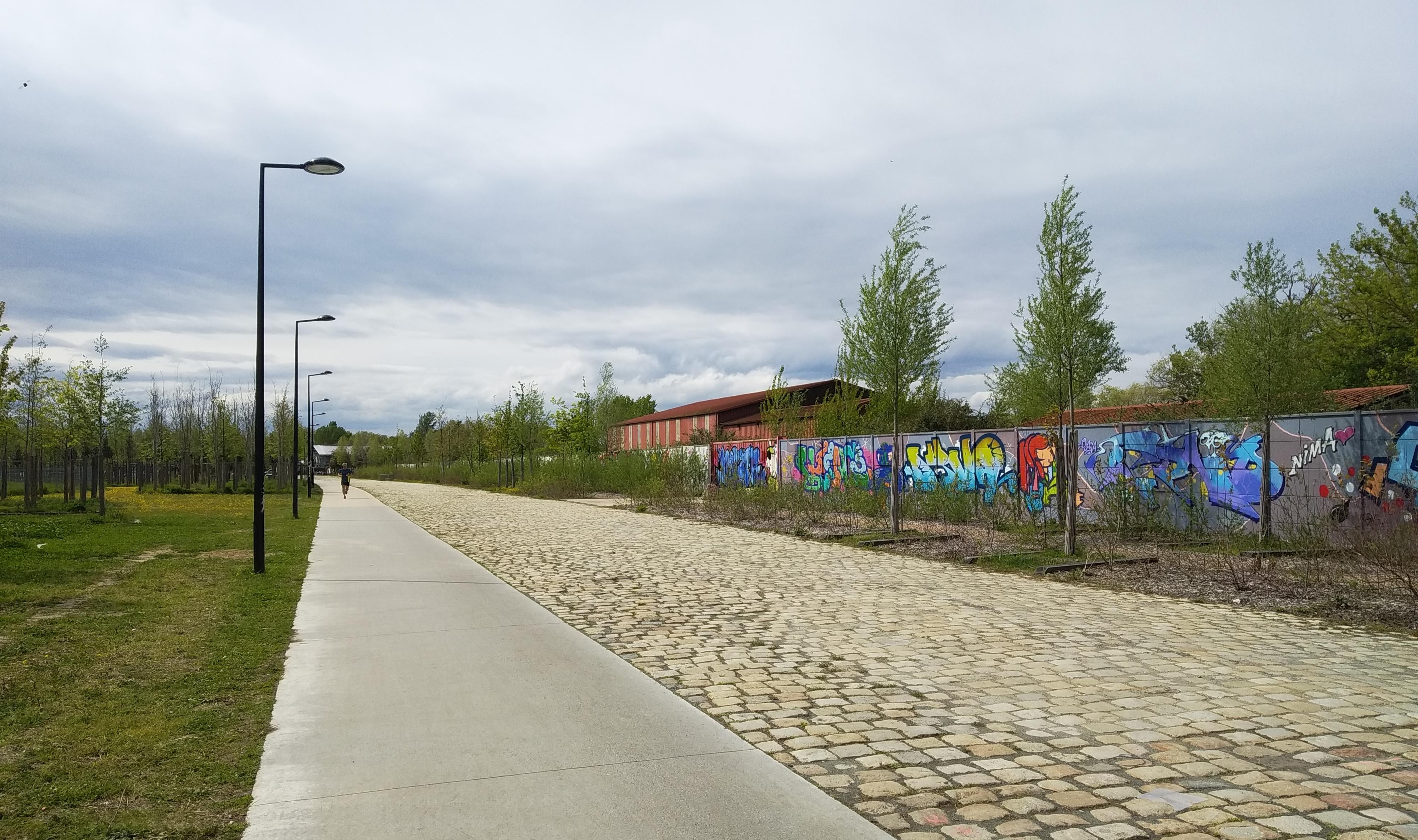 Улицы Бордо Quai de Brazza