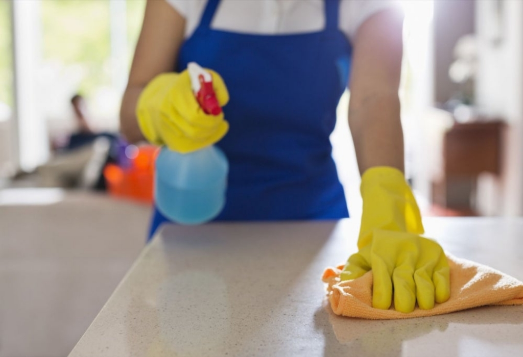 Creative Designs Cleaning The Kitchen