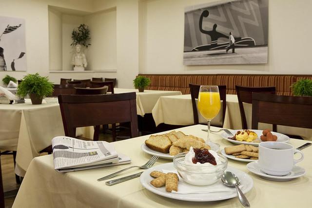 desayuno-hermes-hotel-travelmarathon-es