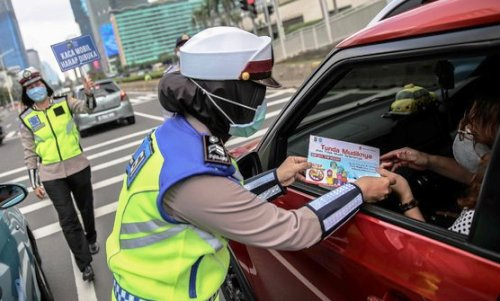 Tak Perlu Ajukan SIKM, Warga Bodetabek Cukup Tunjukan E-KTP Saat Masuk Jakarta