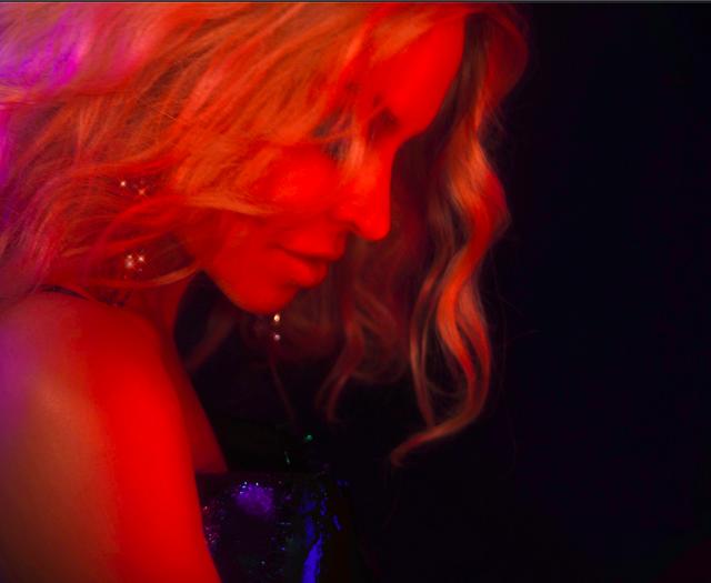 Kylie-Minogue-12-Darenote-Ltd-2020
