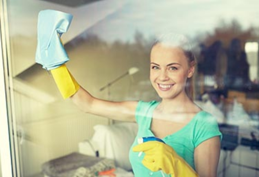 Lifestyle Designs Cleaning The Kitchen