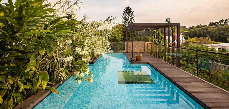 Jenis taman atap kolam renang [Sumber: orchidlagoon.com]
