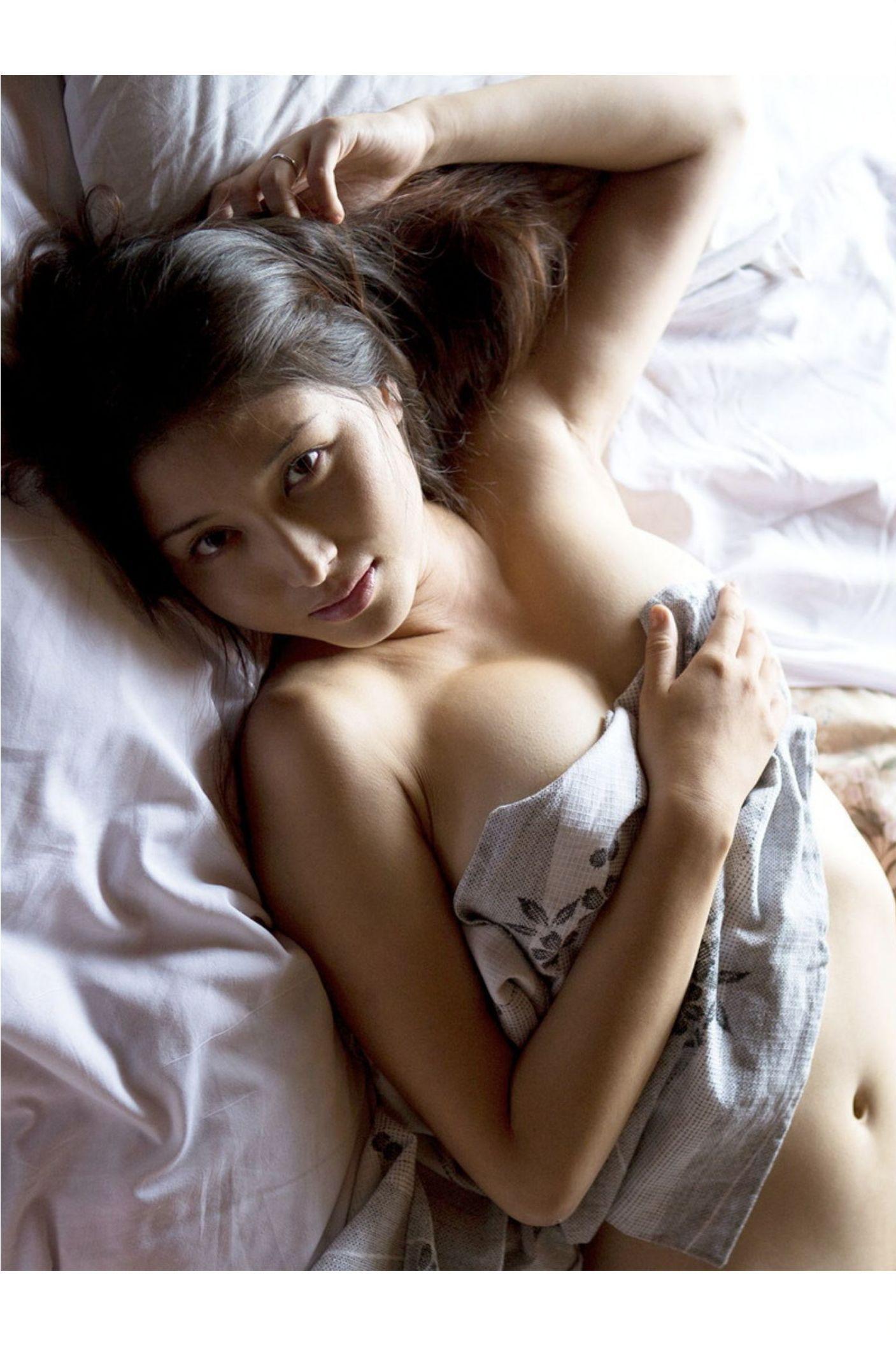 『愛の記憶』橋本マナミ デジタル写真集 052
