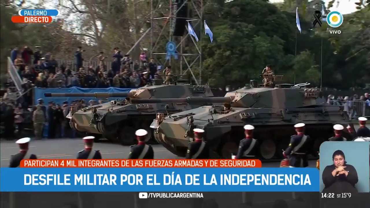 Mauricio-Macri-encabeza-el-desfile-del-9-de-Julio-TPANoticias-mp4-007459151