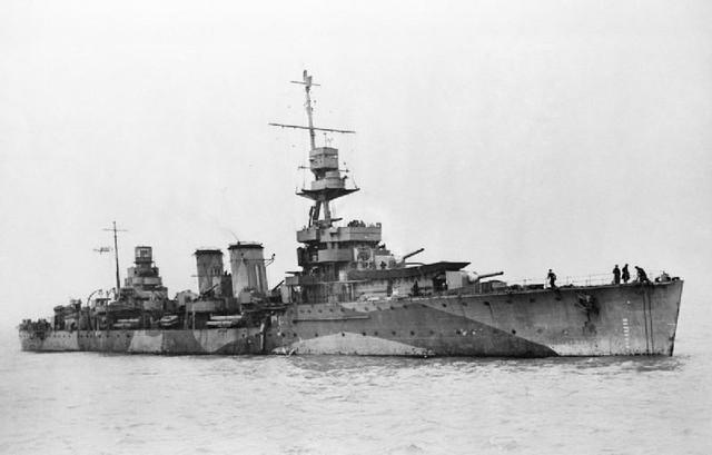 IAN-Imperiale-Raphaello-HMS-Dauntless